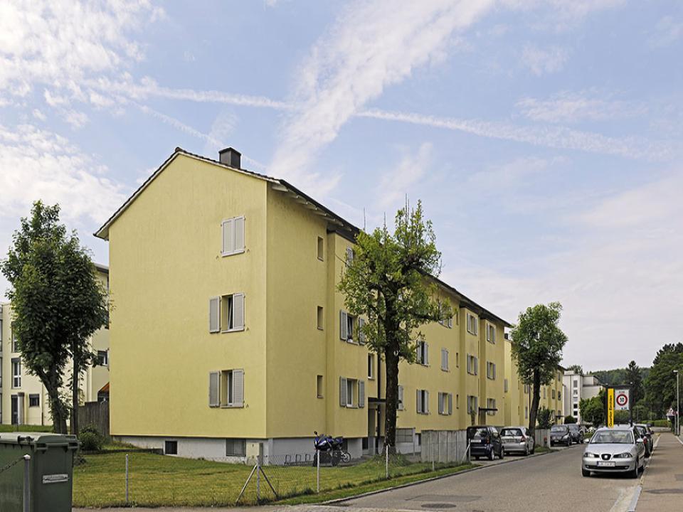 Mehrfamilienhaus in Dübendorf